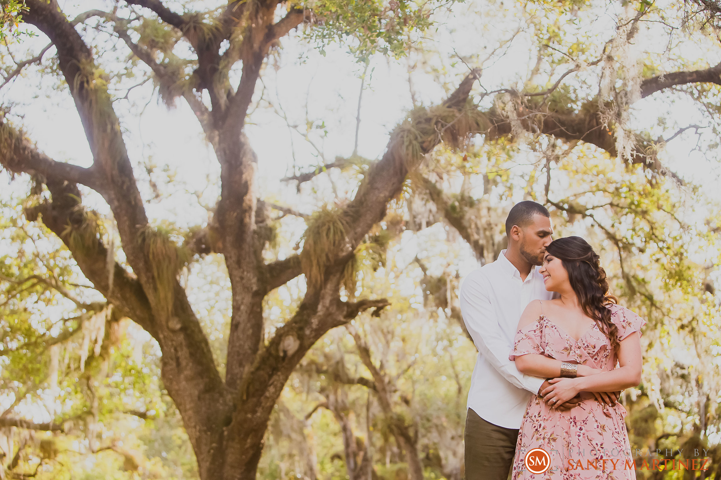 Engagement Session Matheson Hammock Park - Photography by Santy Martinez-11.jpg