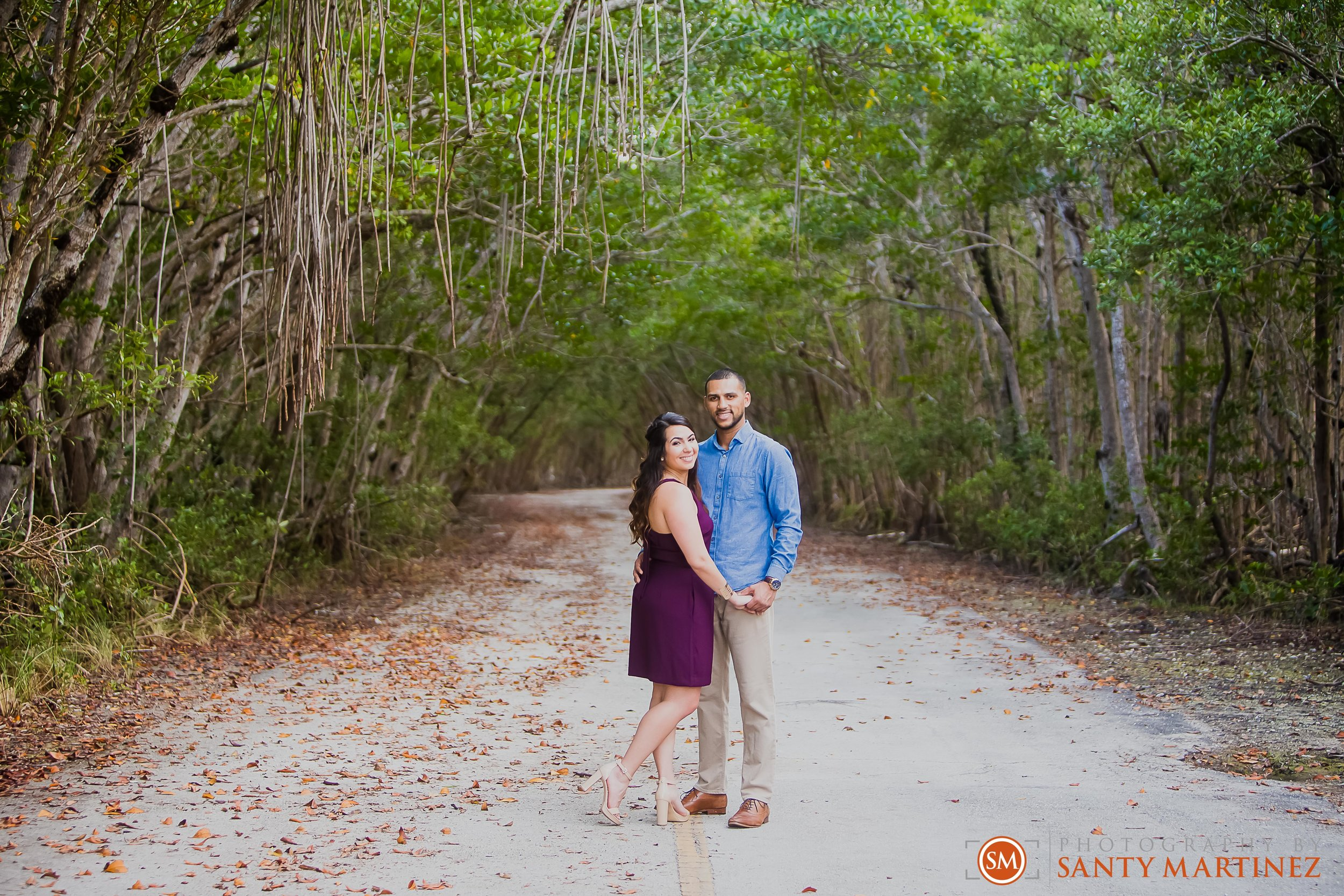 Engagement Session Matheson Hammock Park - Photography by Santy Martinez-15.jpg