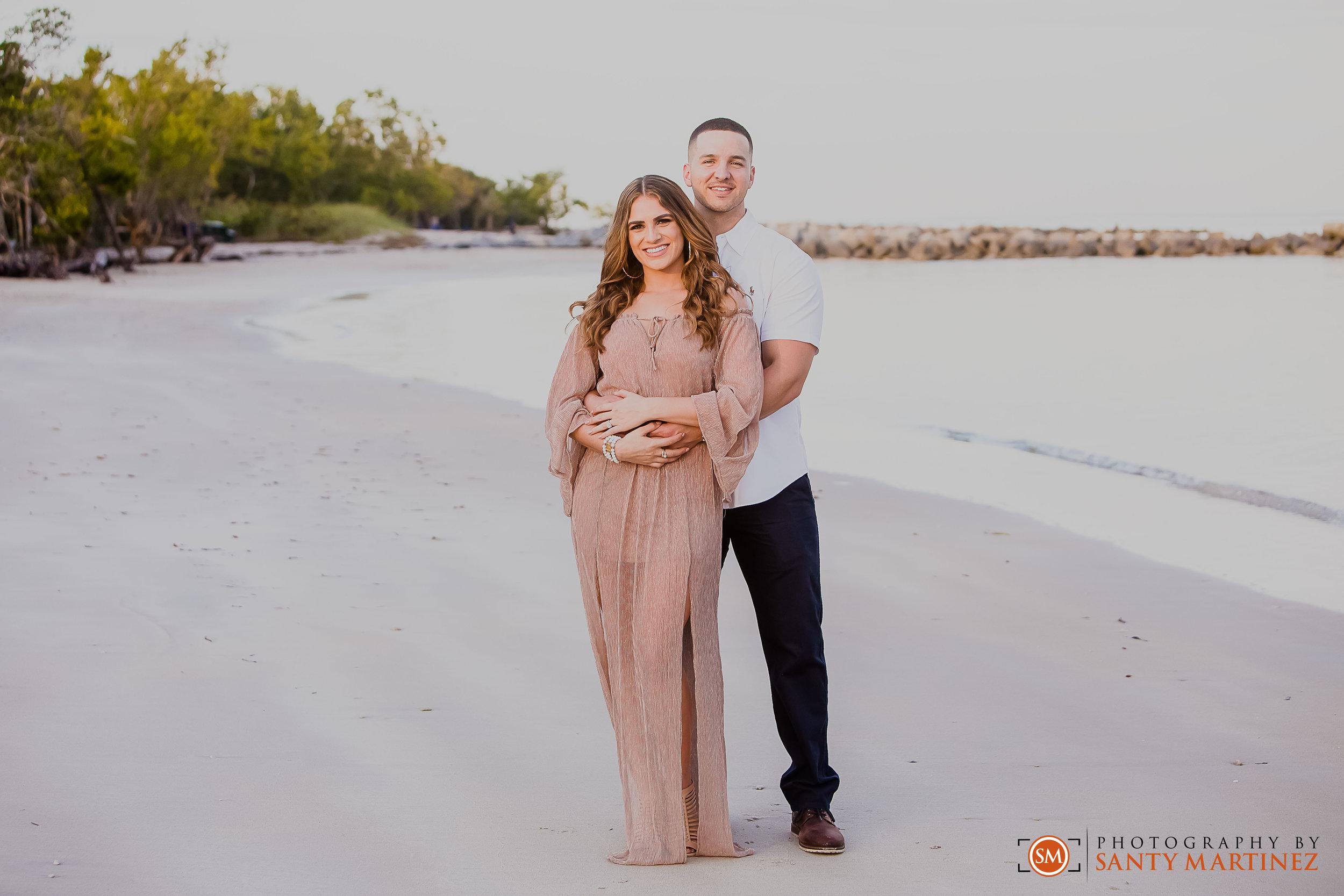 Miami Engagement Session - Key Biscayne - Photography by Santy Martinez-12.jpg