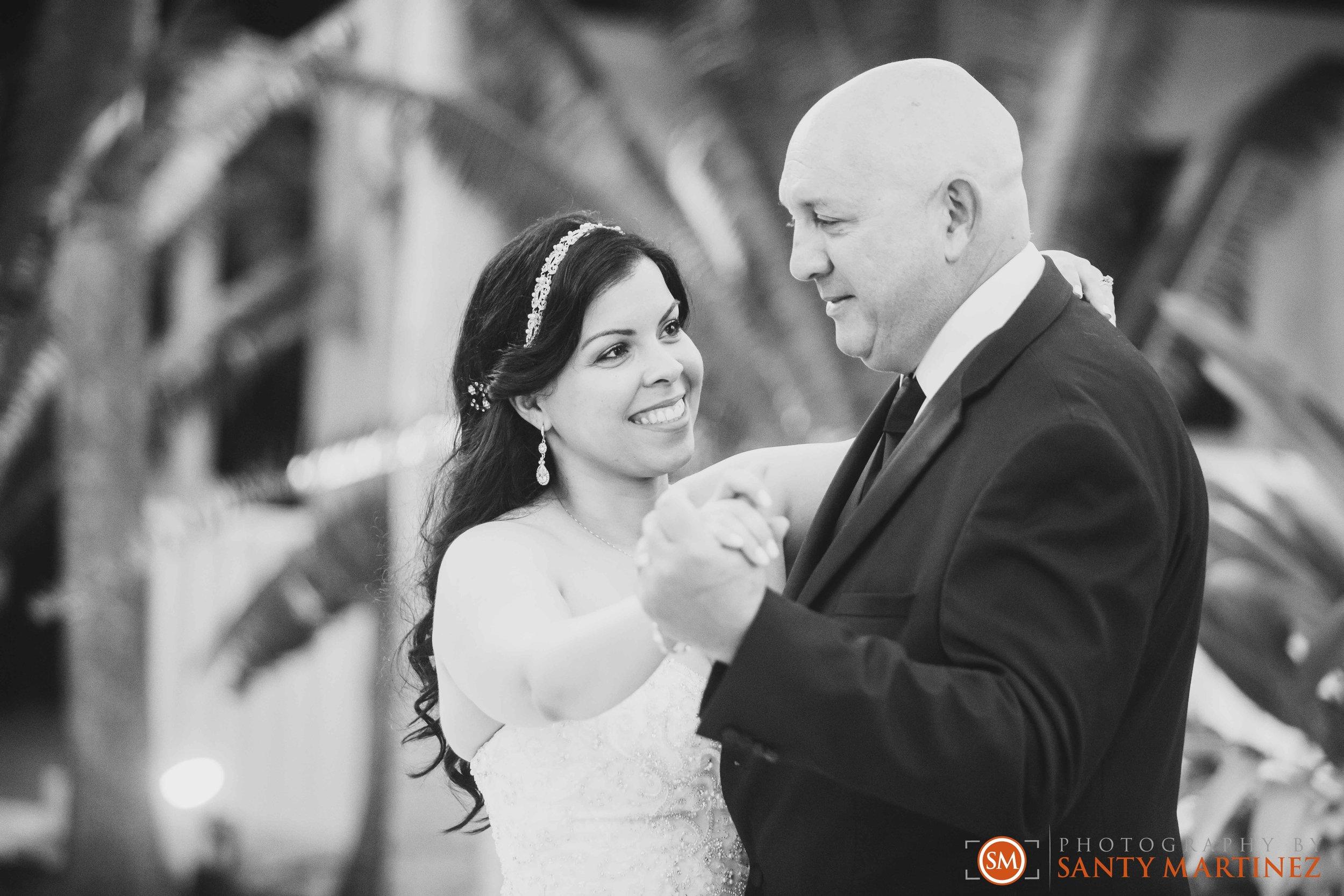 Wedding - Whimsical key West House - Photography by Santy Martinez-39.jpg