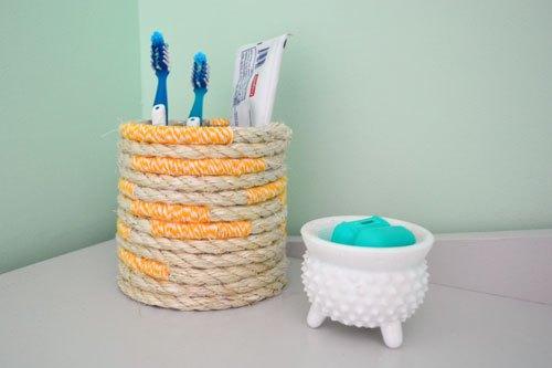 diy-toothbrush-holders-to-highlight-your-bathroom-decor-5.jpg