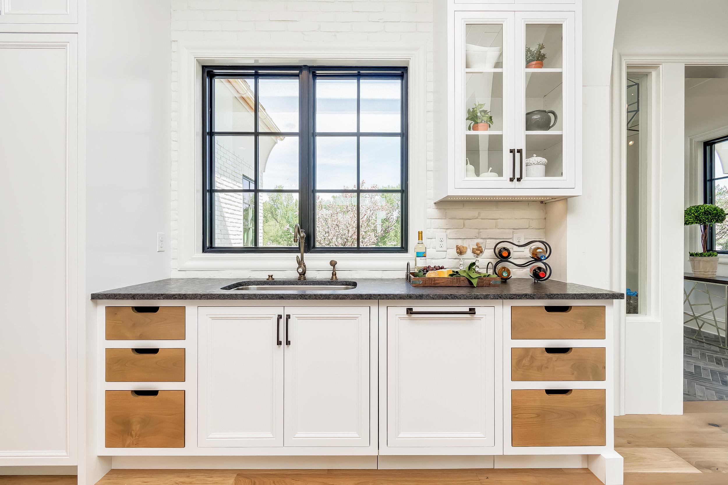 037_Kitchen .jpg