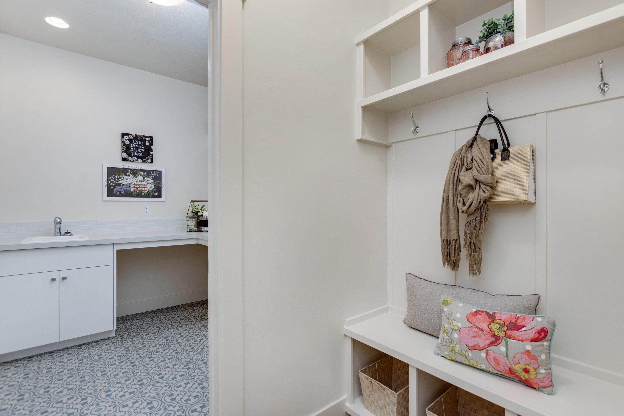 36-Laundry Room.jpg