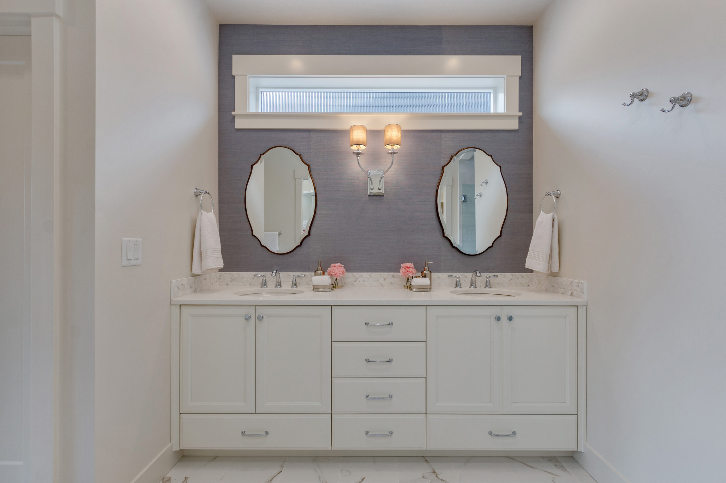 39-Master Bathroom.jpg