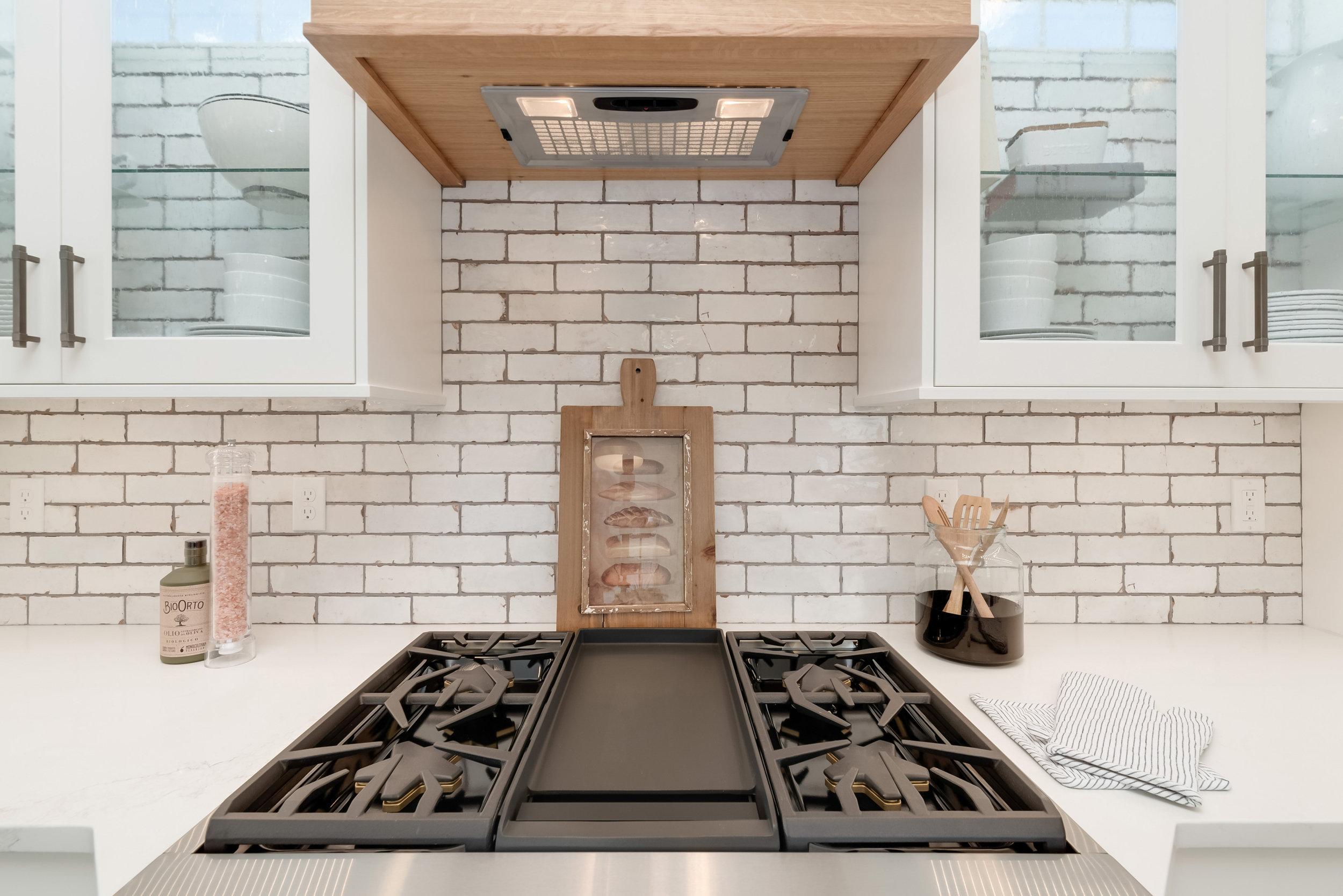 43-Kitchen.jpg