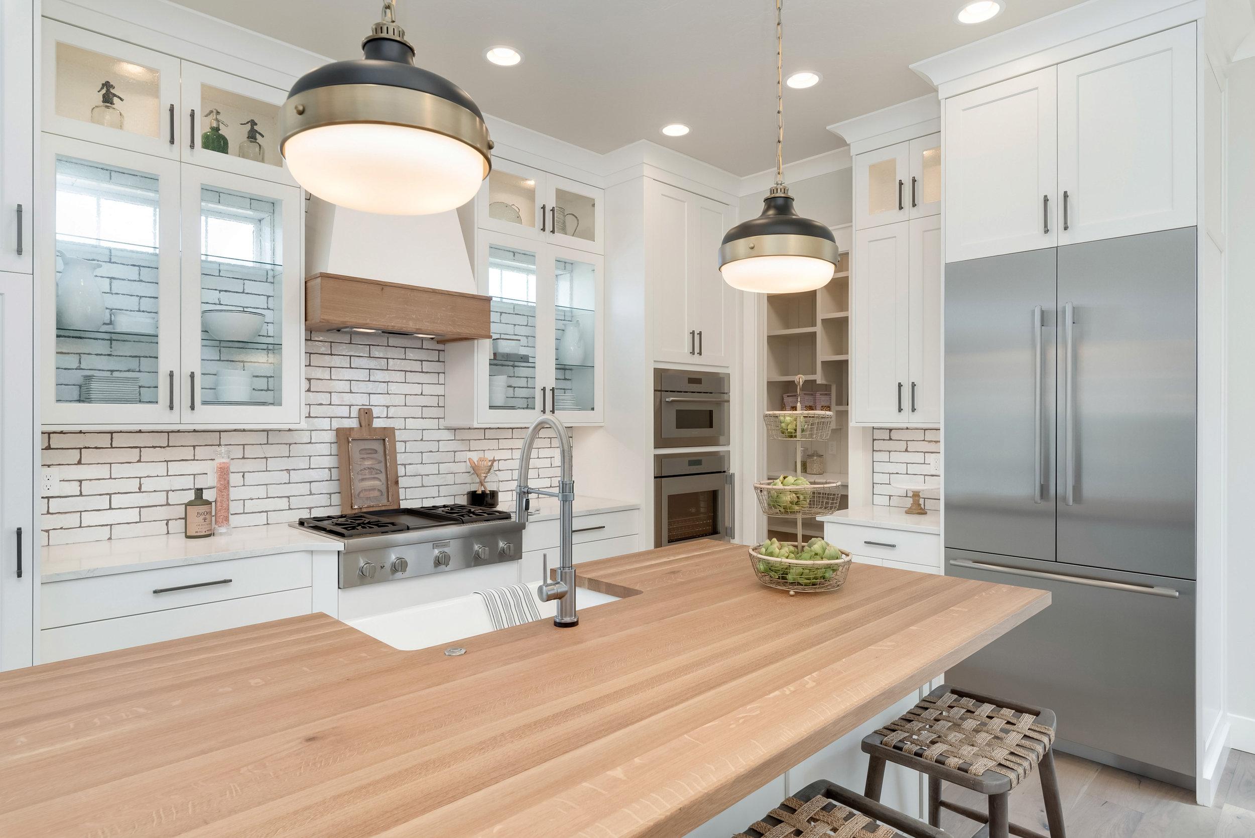 47-Kitchen.jpg