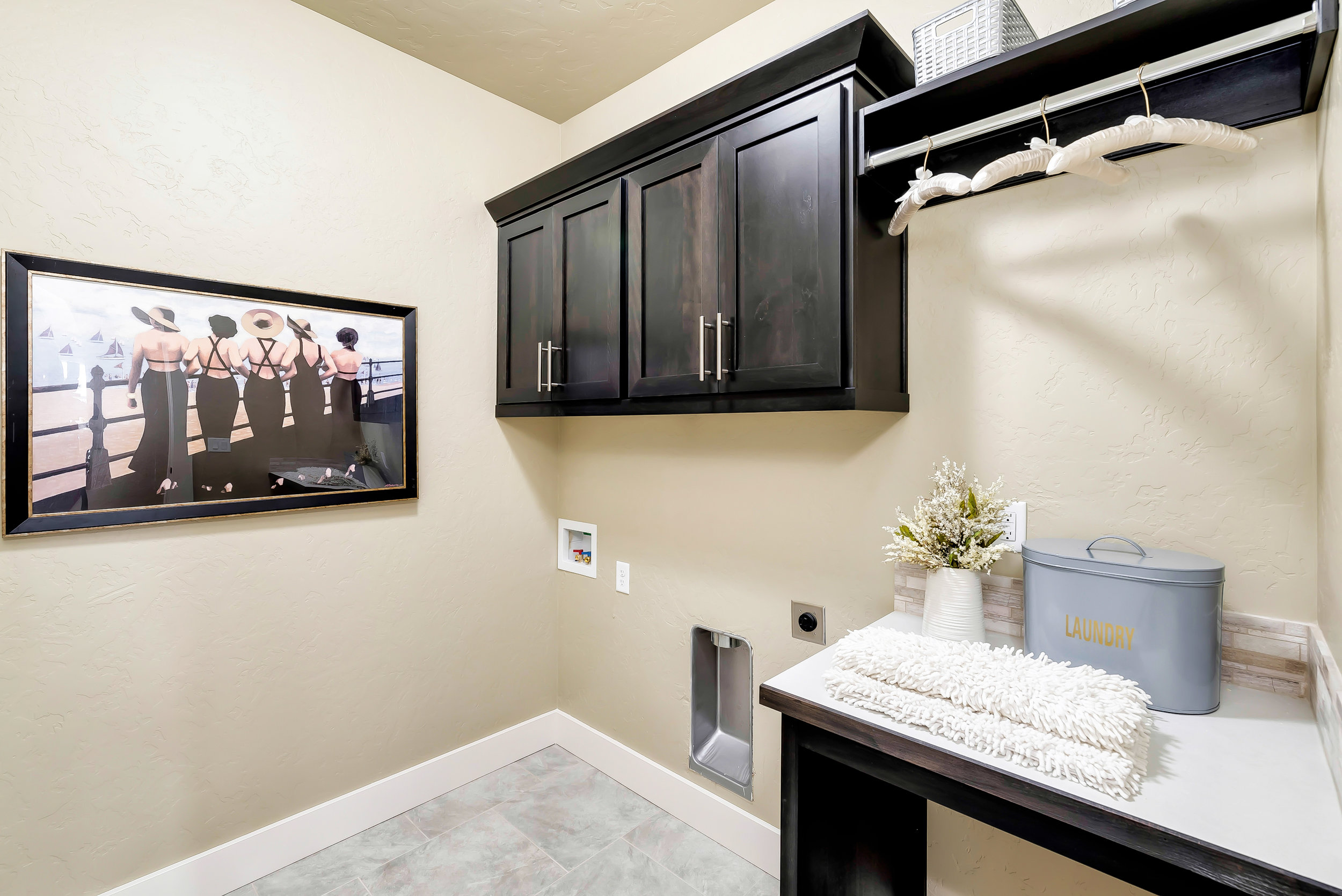19-Laundry_Room.jpg