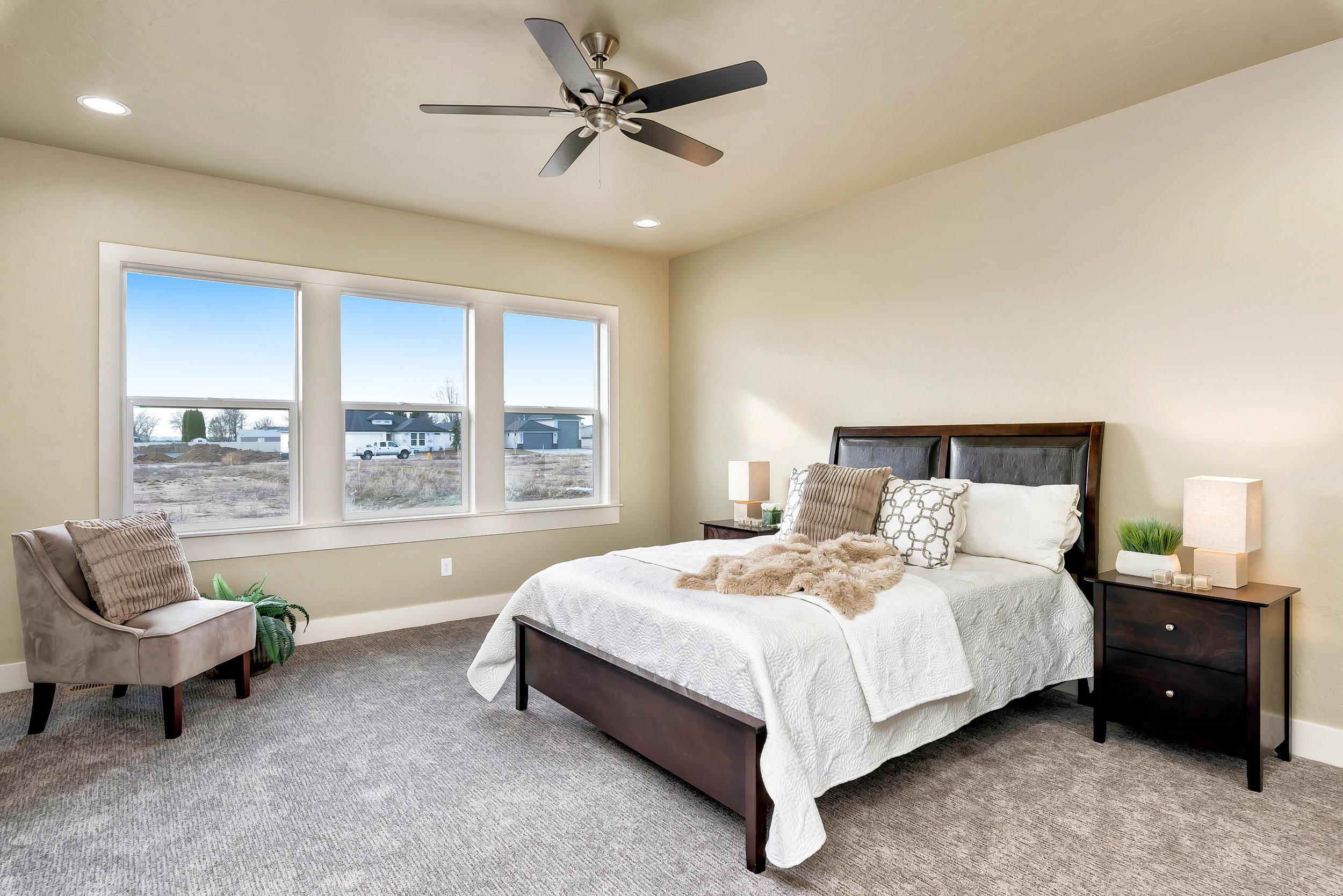 21-Master_Bedroom.jpg