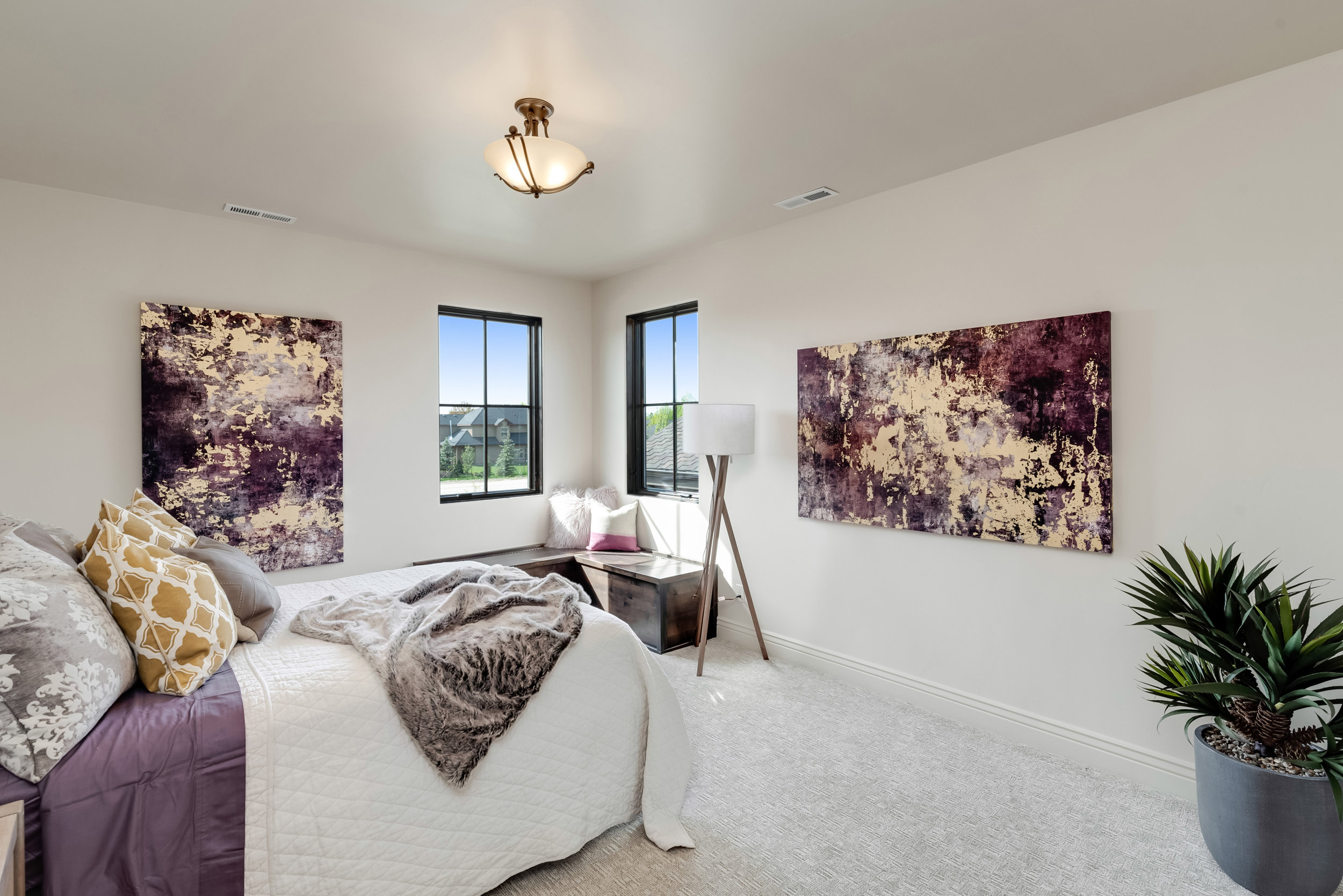 57-Bedroom.jpg