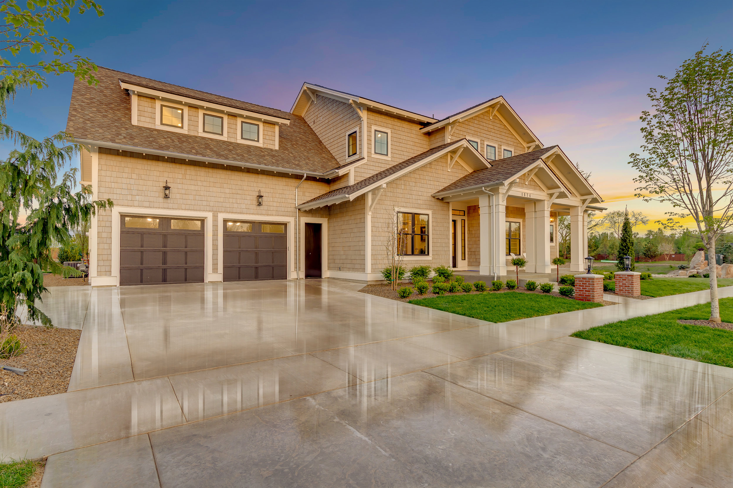 12-10-Front of Home.jpg