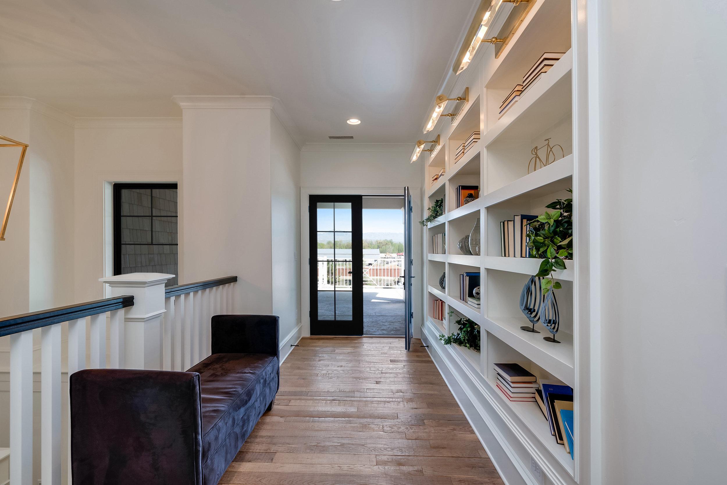 26-Interior View.jpg