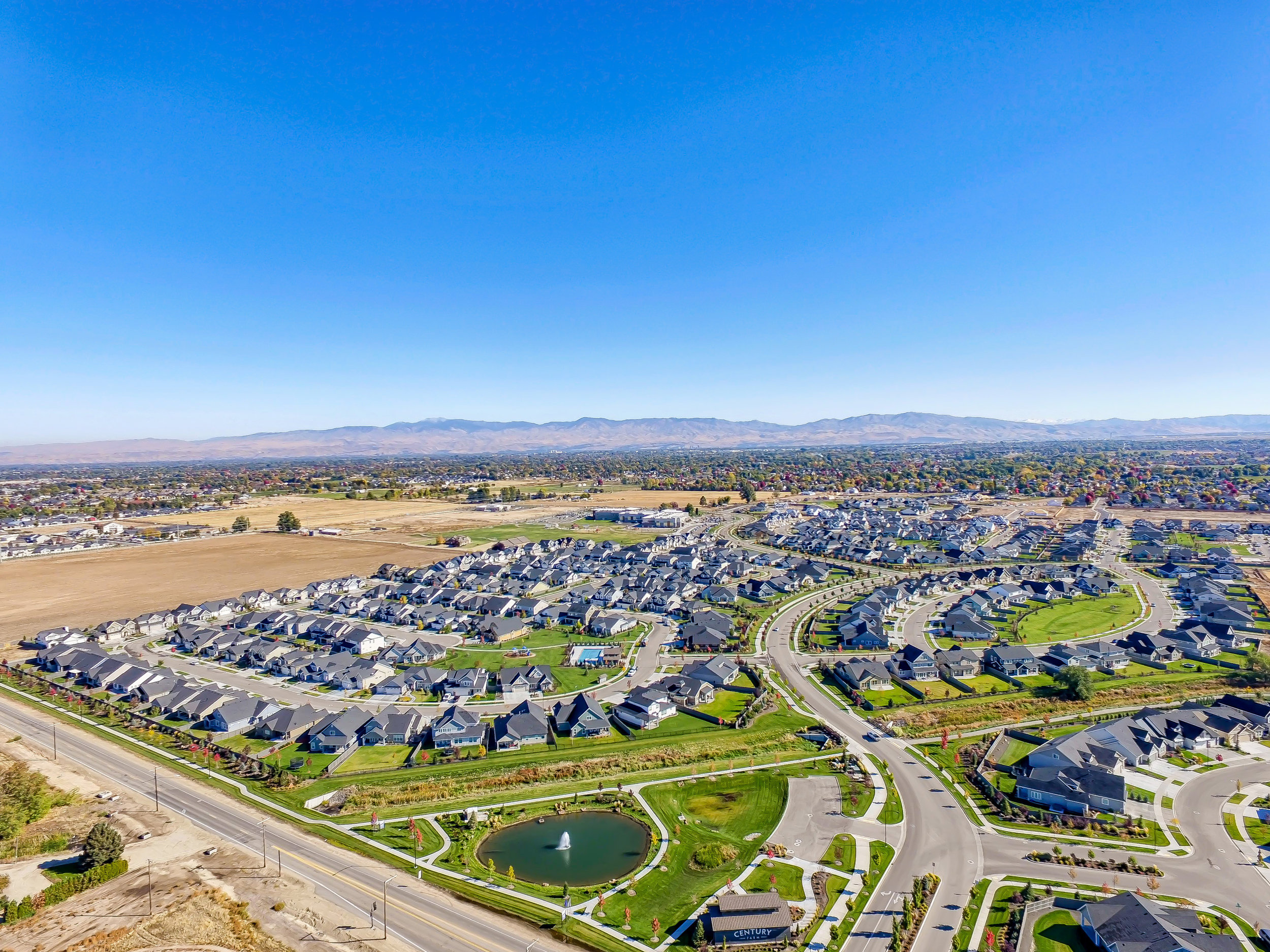 016_Aerial Community View_1.jpg