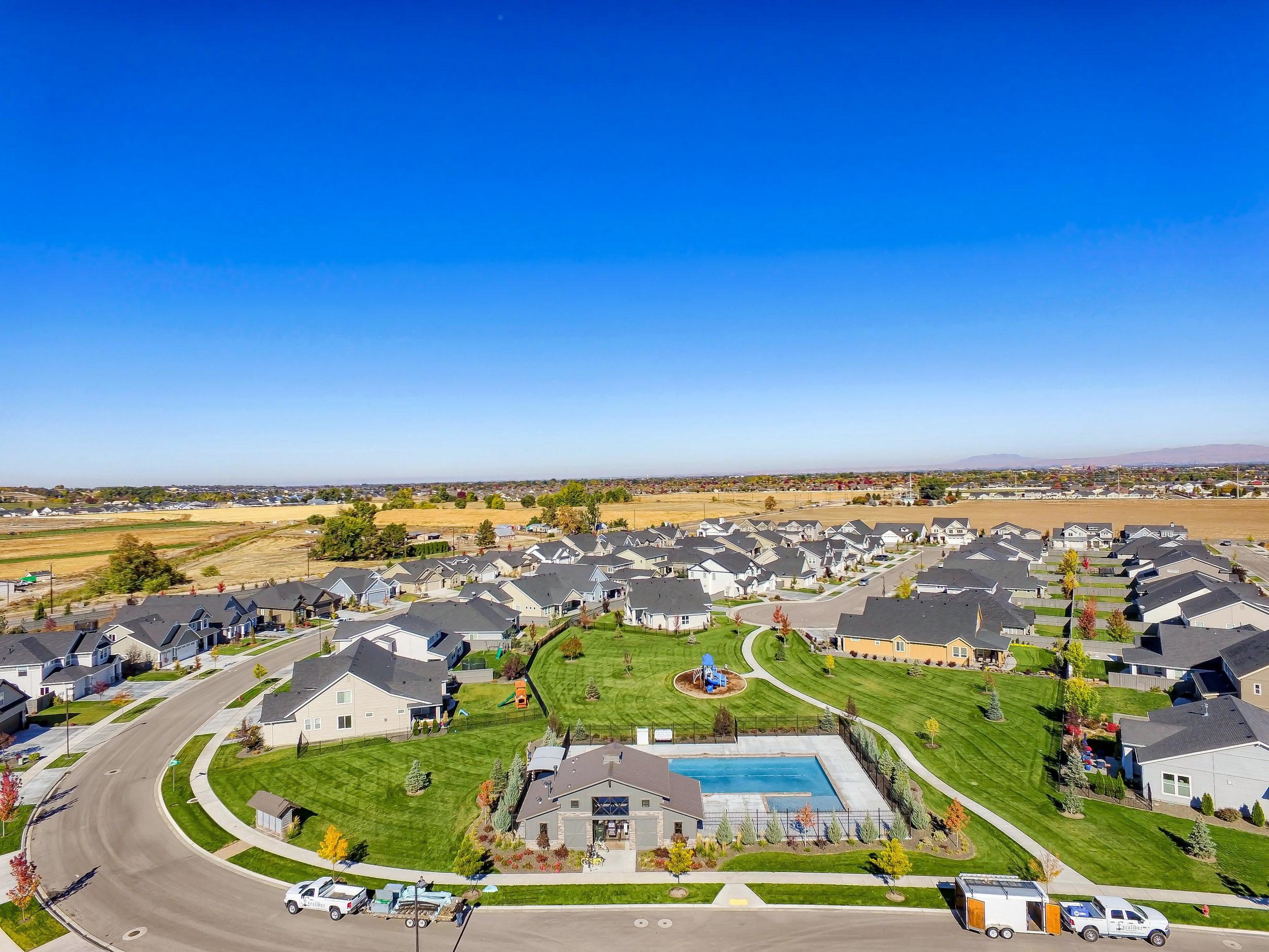 019_Aerial Community View_4.jpg