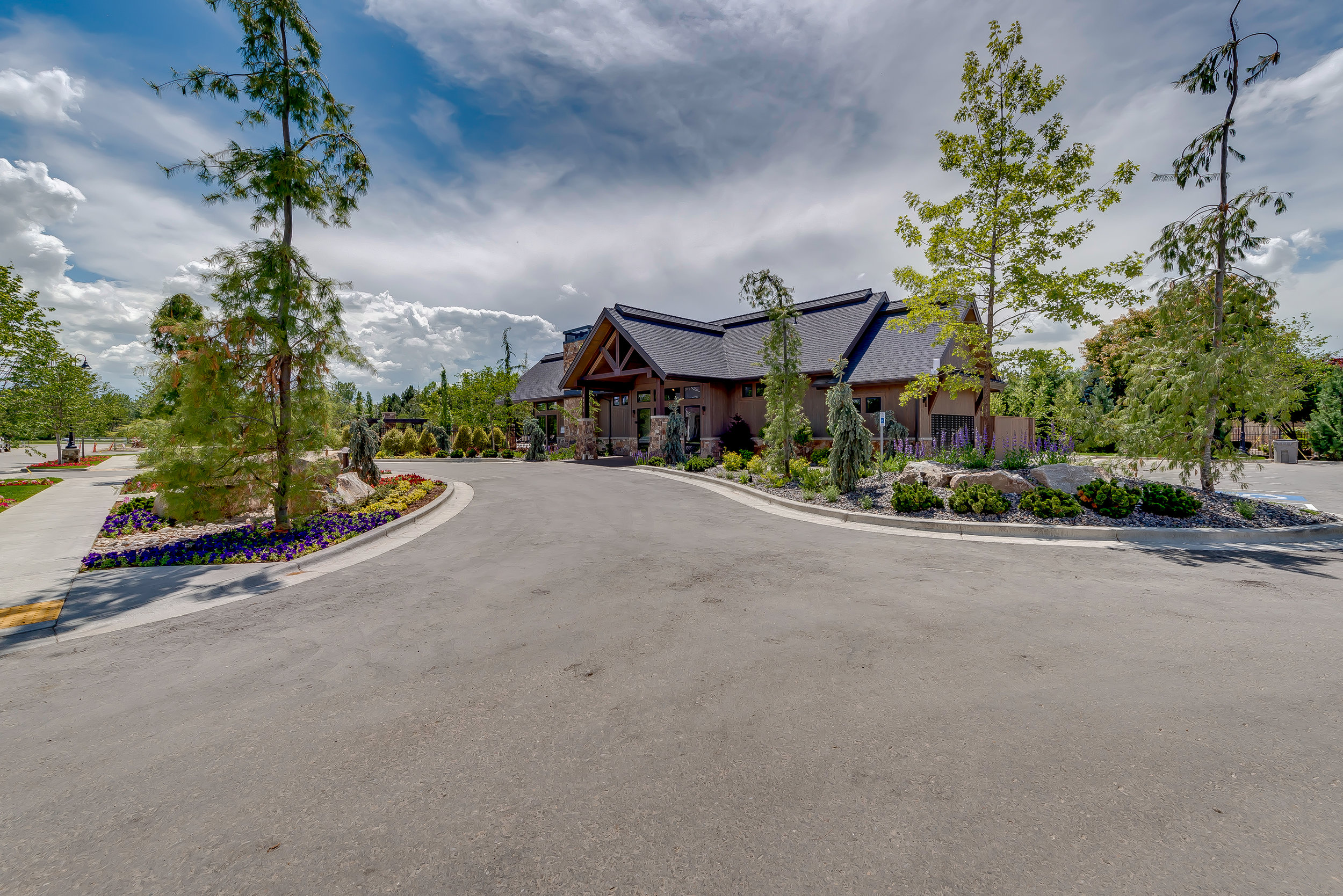 09-Williamson River Ranch Clubhouse.jpg