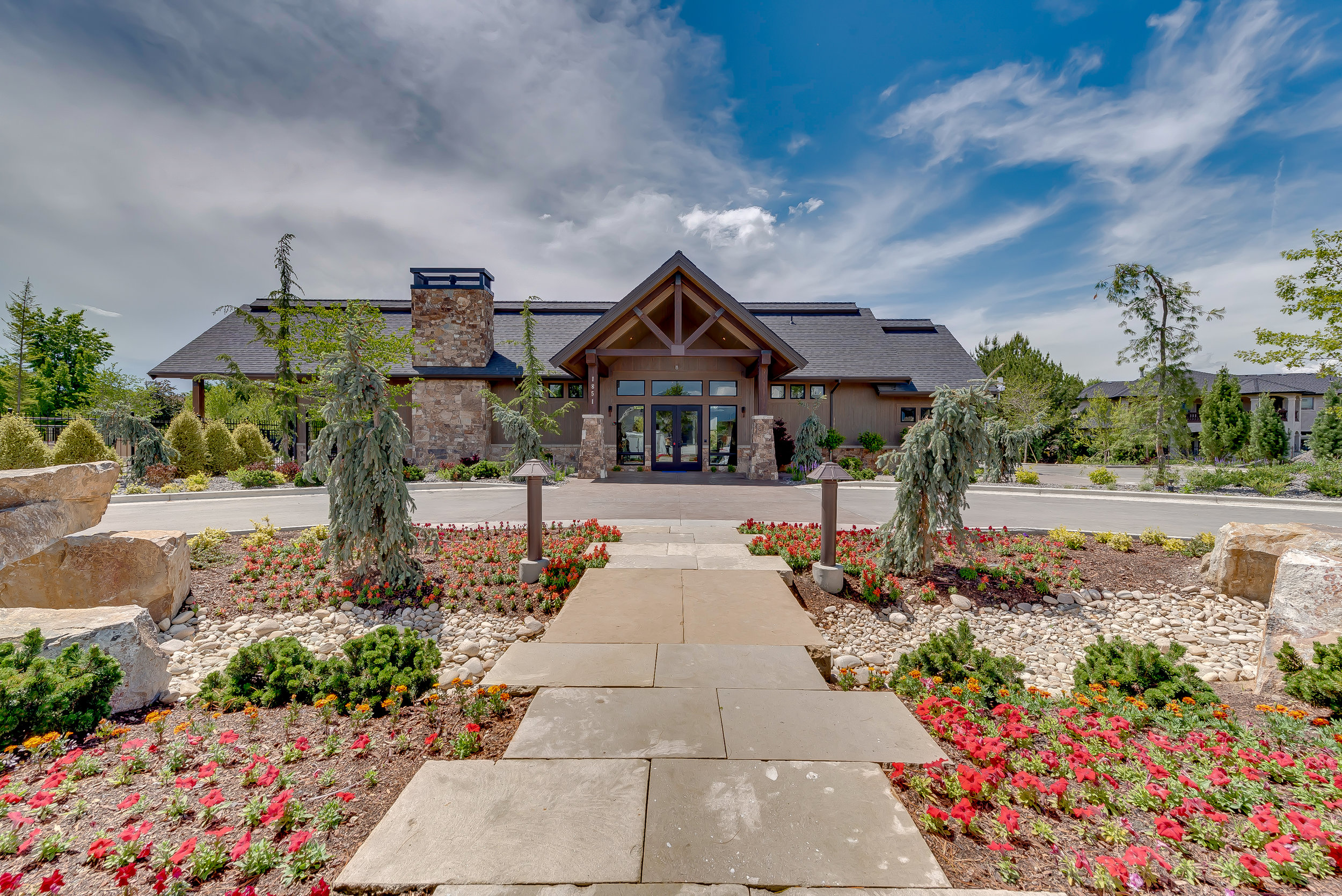 10-Williamson River Ranch Clubhouse.jpg