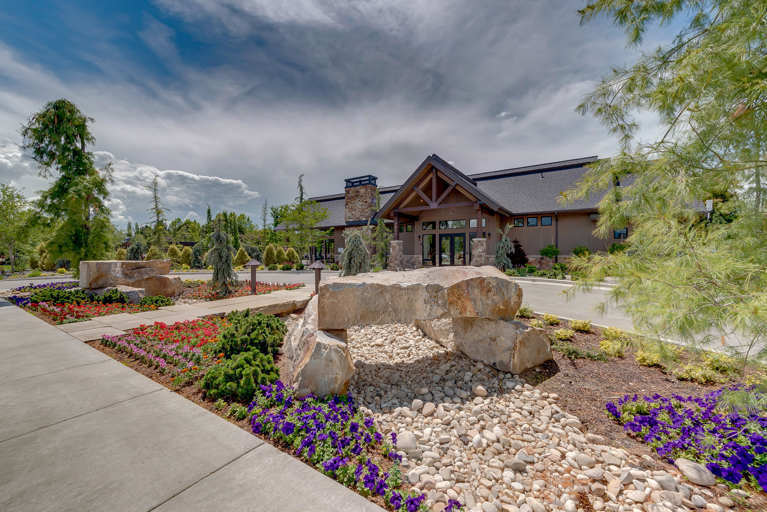 11-Williamson River Ranch Clubhouse.jpg