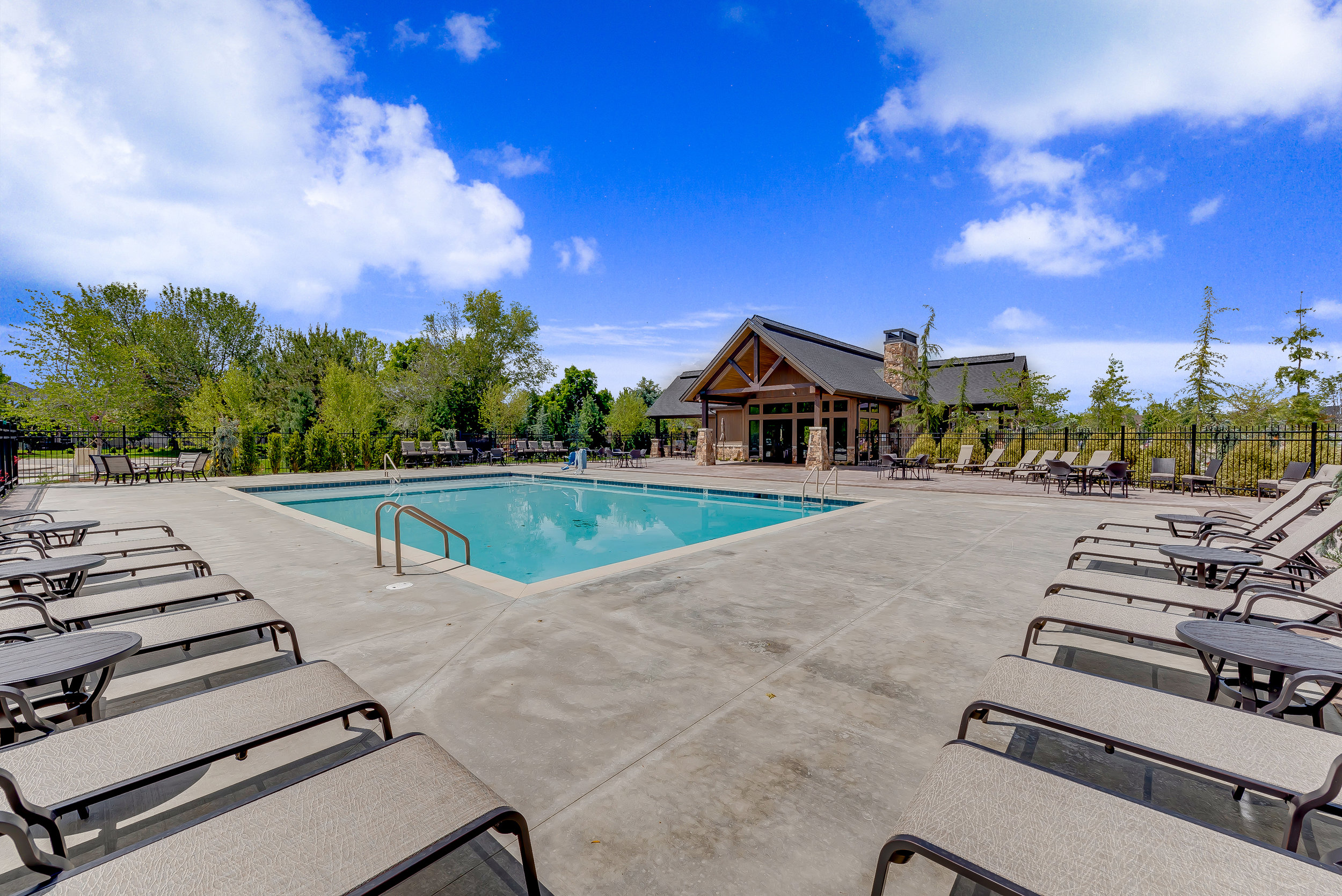 16-Williamson River Ranch Pool.jpg