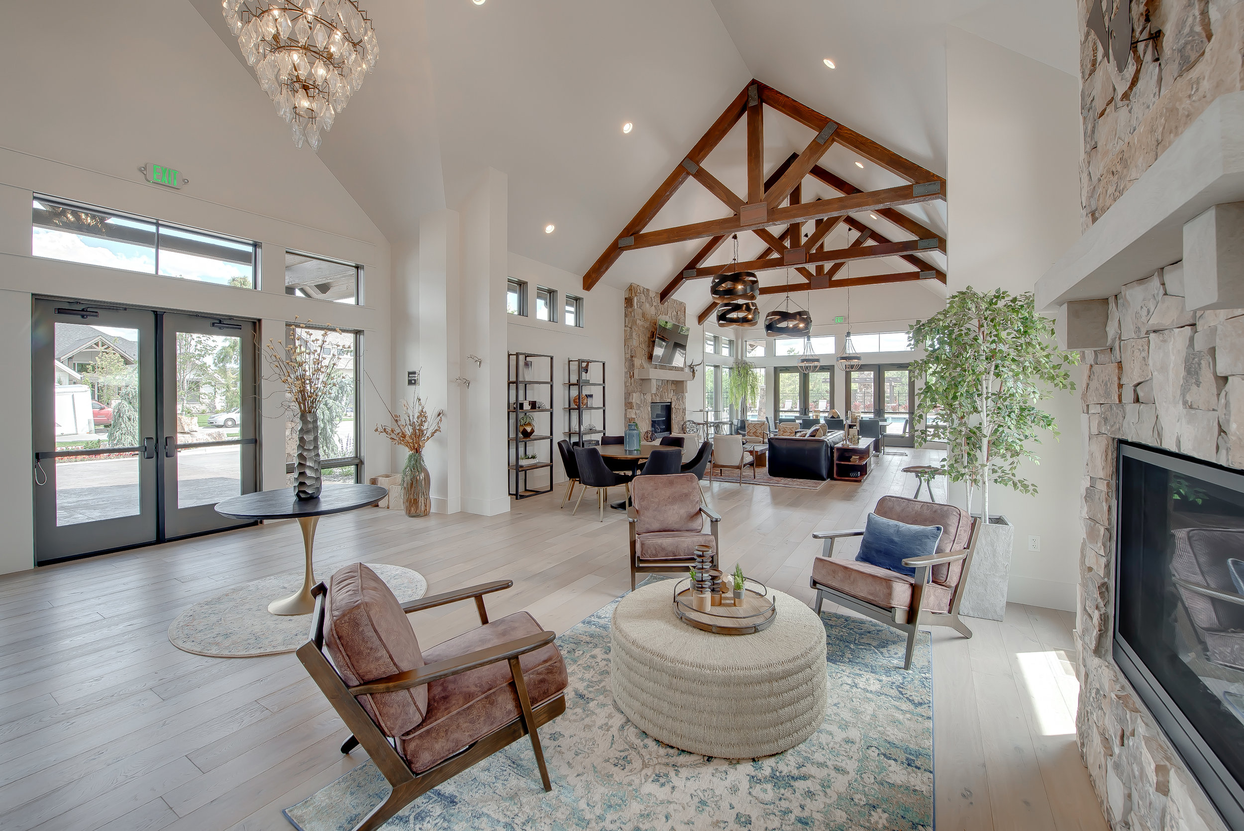 25-Williamson River Ranch Clubhouse.jpg