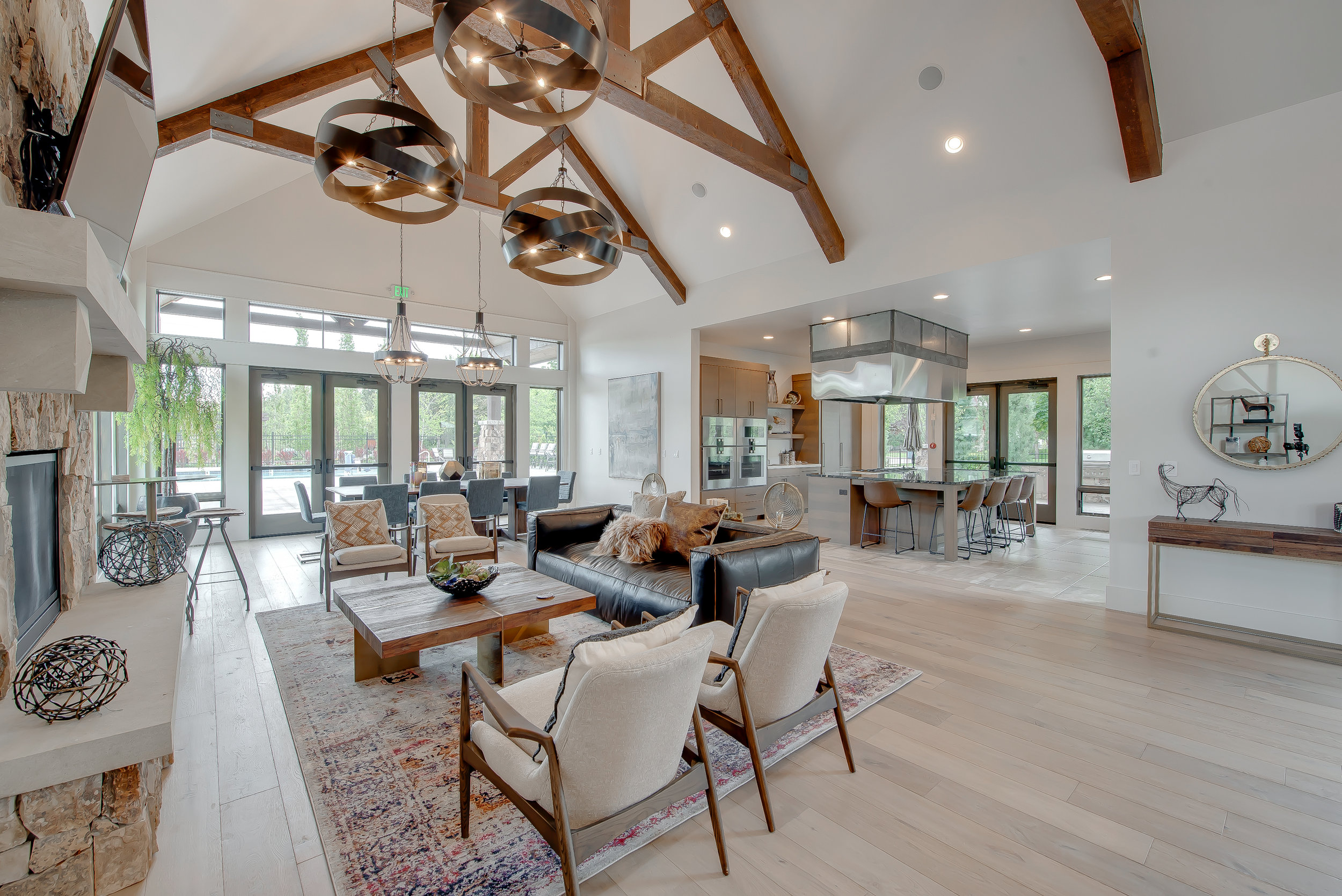 31-Williamson River Ranch Clubhouse.jpg