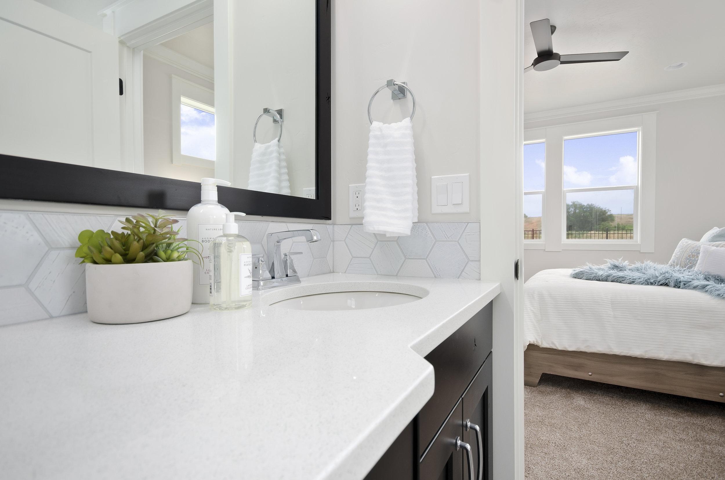 28-Master Bathroom.jpg