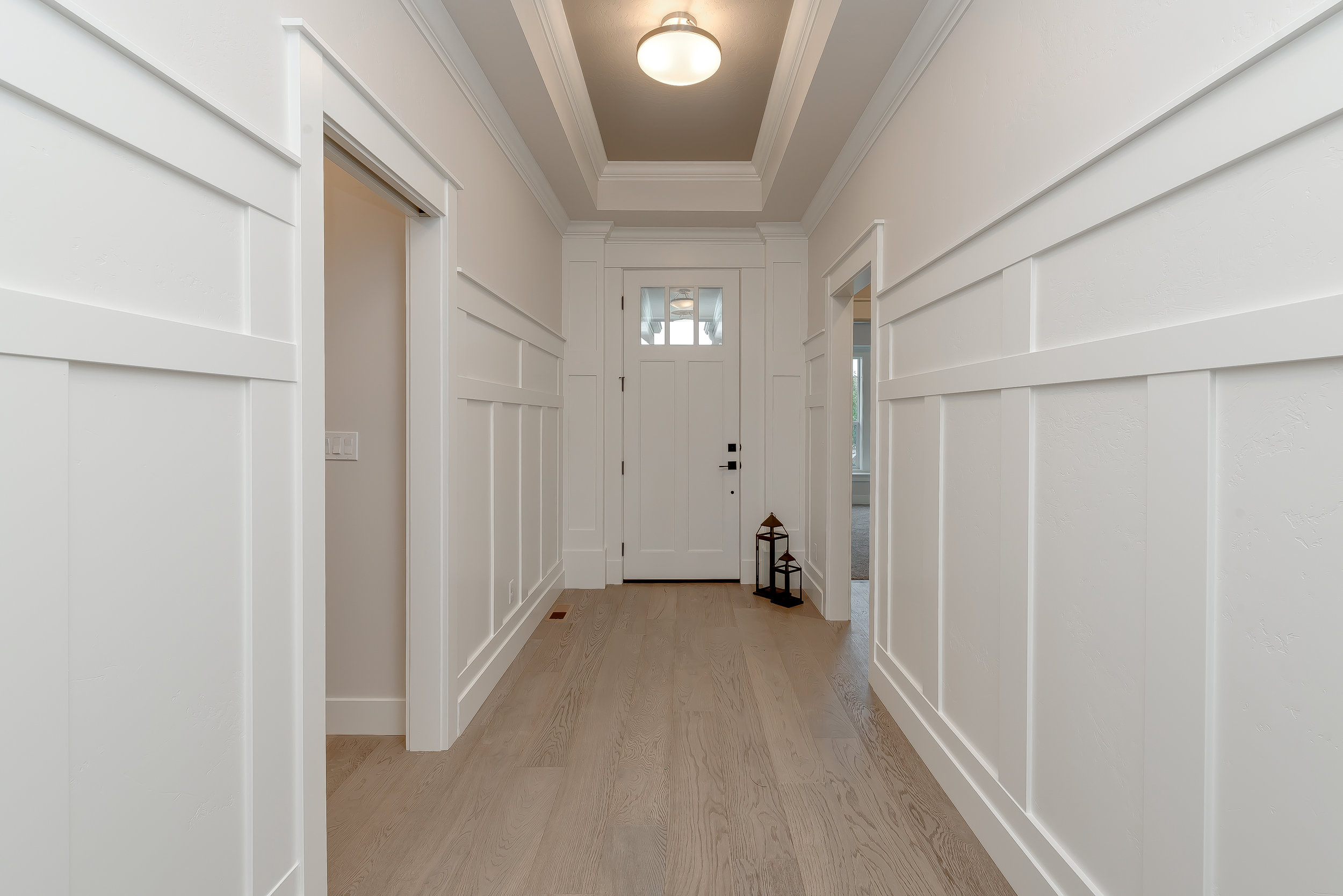 03-Front Entry.jpg