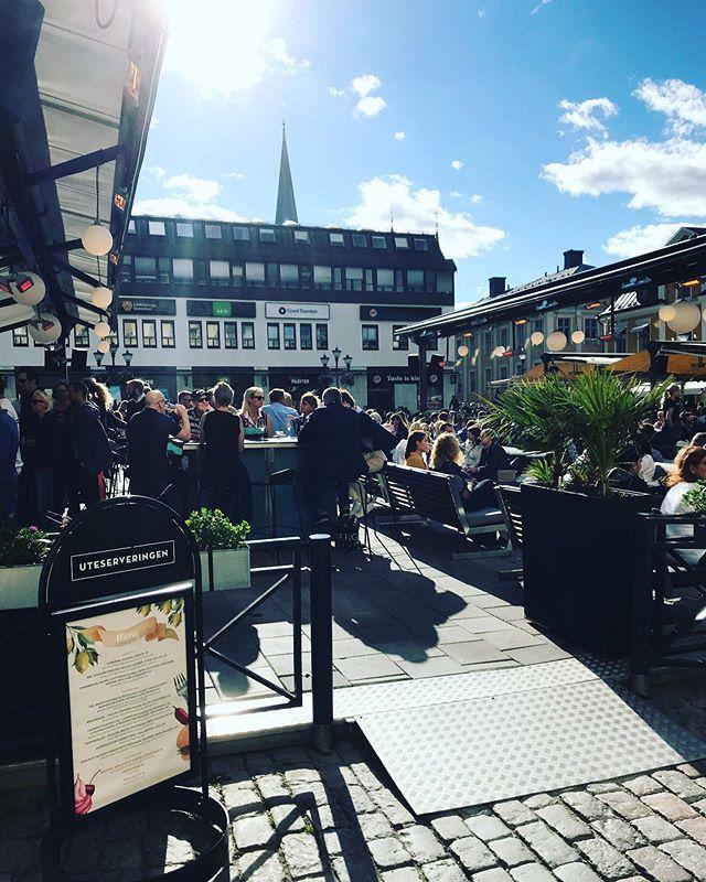 Just nu! 🎉☀️🍻 #uteserveringen_lkpg #linköping