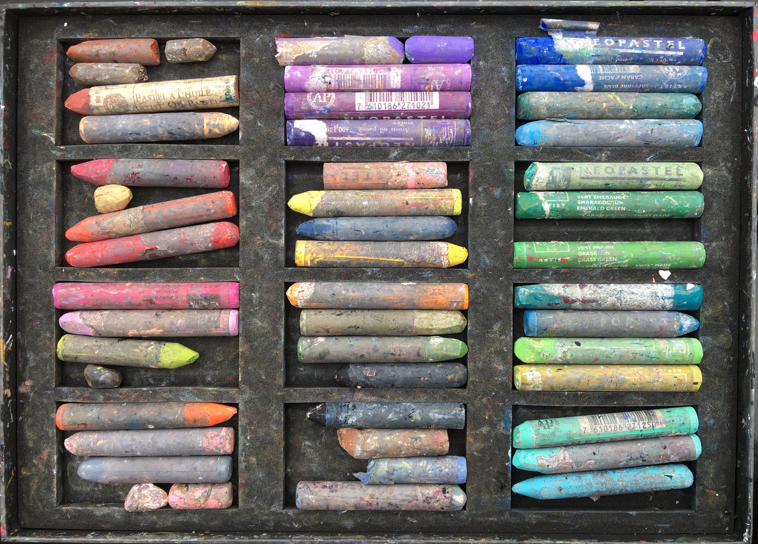 Oil pastels box photo.jpg