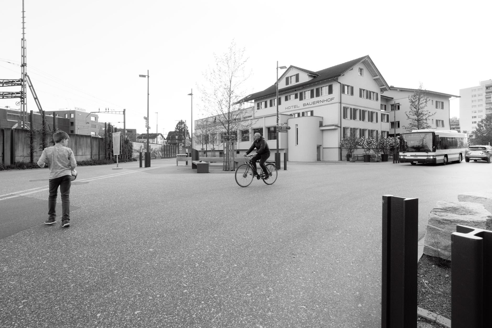kreuzplatz1_klein.jpg
