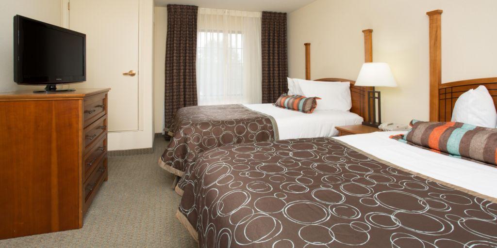 staybridge-suites-lincoln-3431270618-2x1.jpg