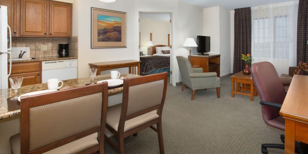 staybridge-suites-lincoln-3431279690-2x1.jpg