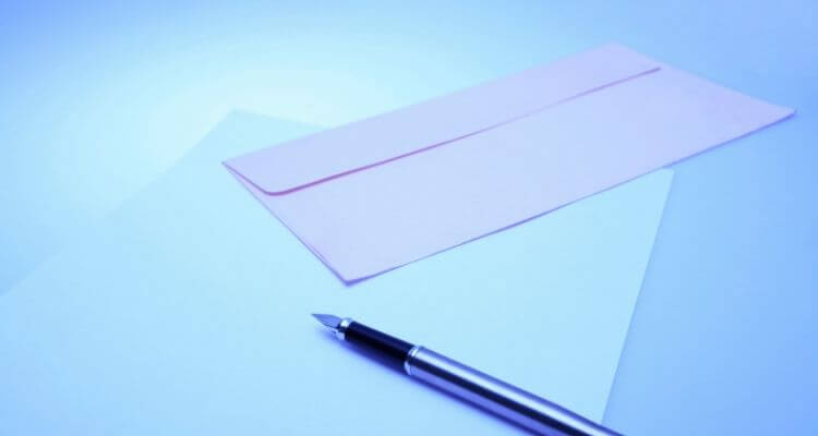pen and paper to write a nursing interview thank you letter