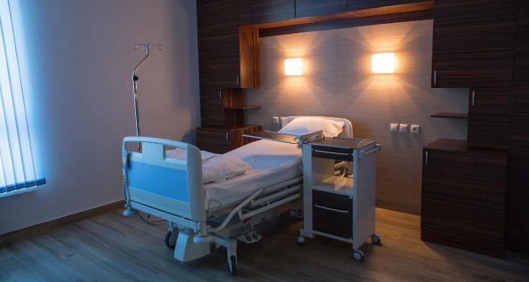 picture of a medical-surgical hospital room
