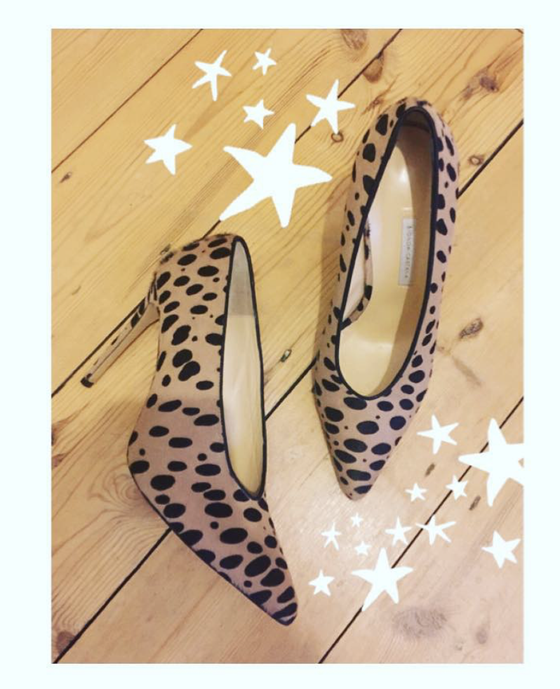 @ le_reber   Friday ✨✨✨ Dreamy  @biondacastana  heels  #girlinbc