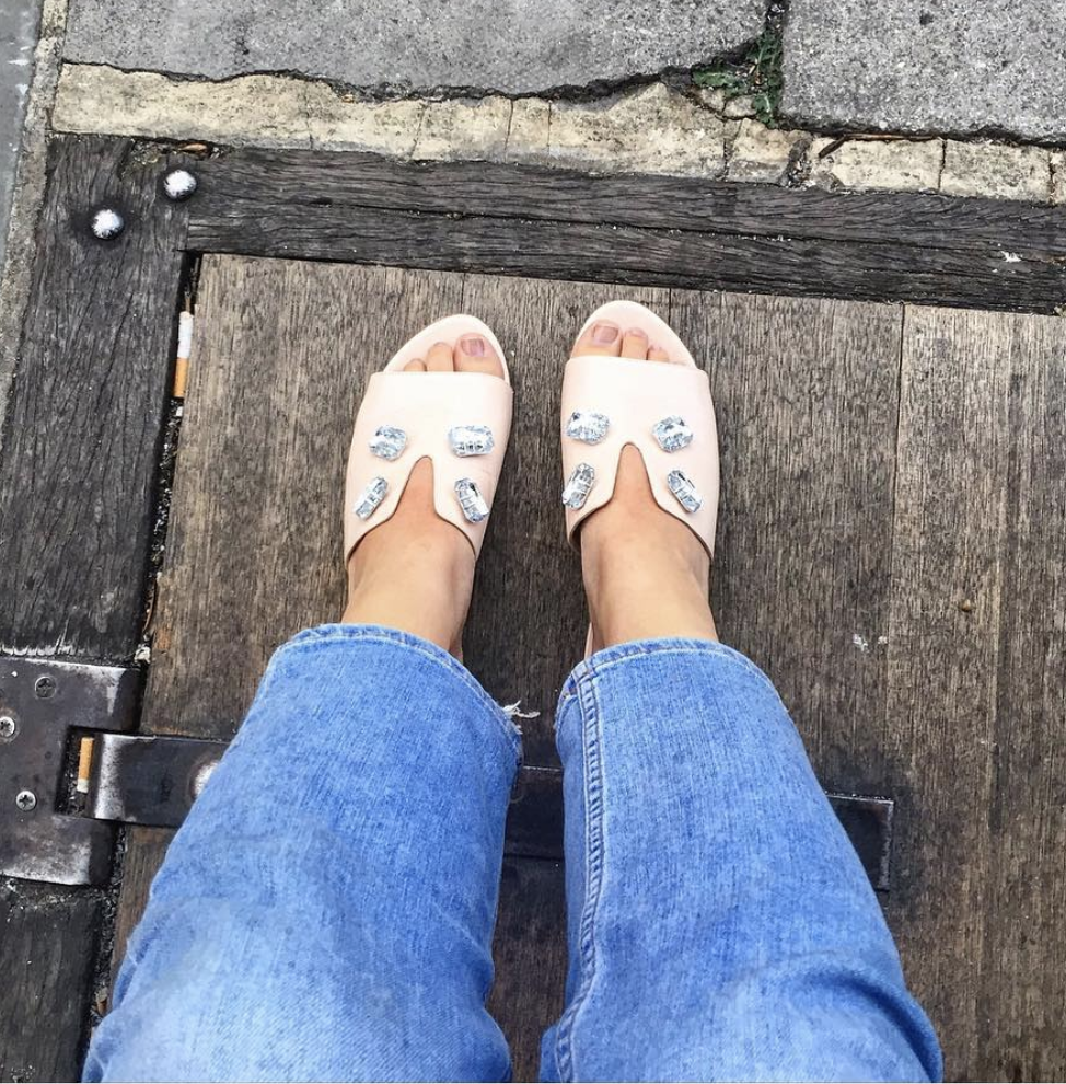 @ oliviagillespienorris   Never taking them off. Ever. ✋🏼 @biondacastana   #girlinBC