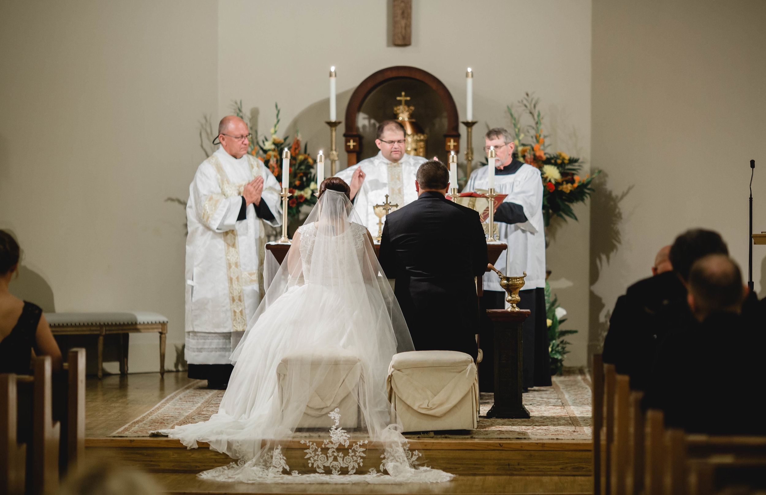 Wedding with a full mass