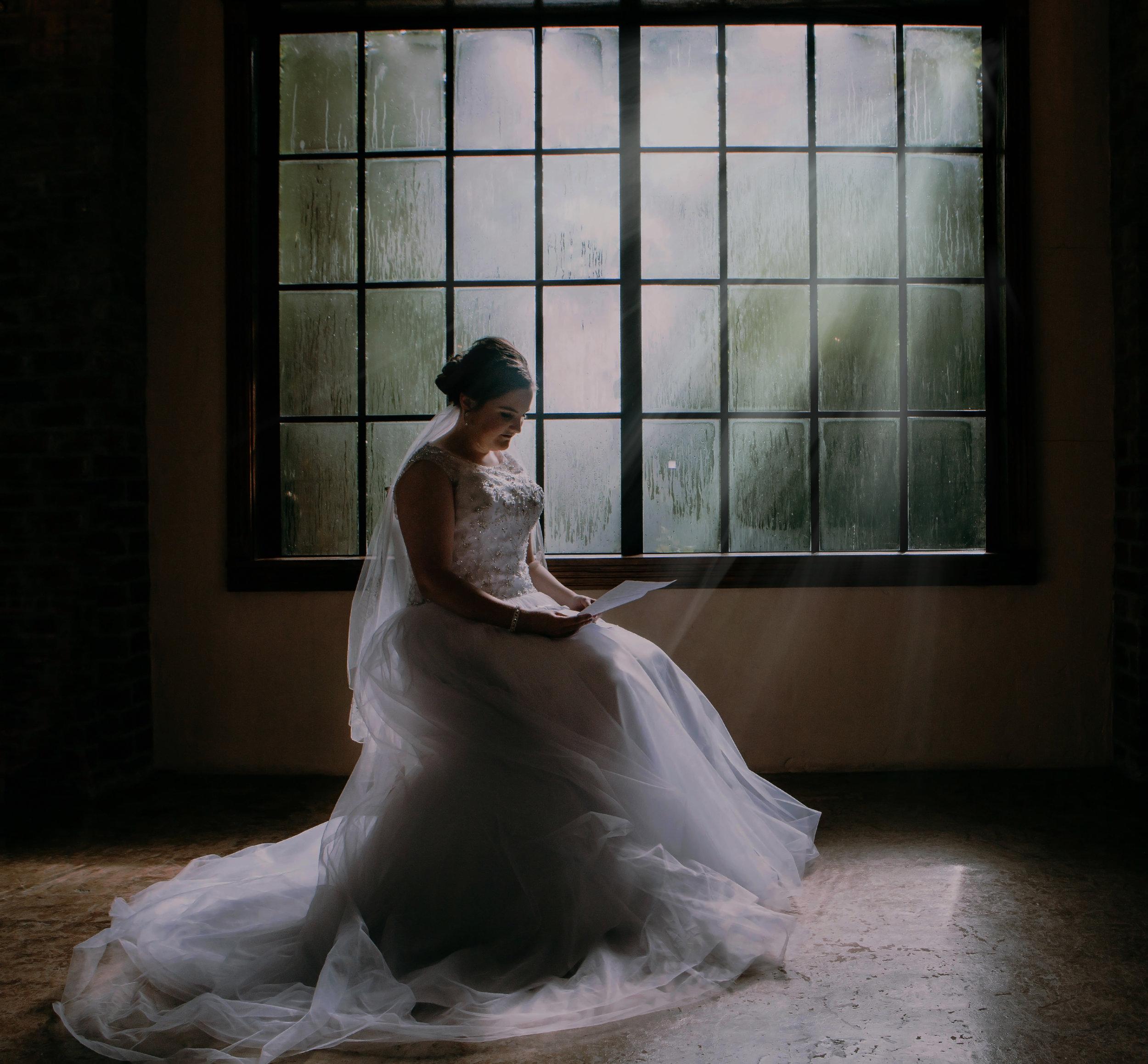 Bride reading grooms letter