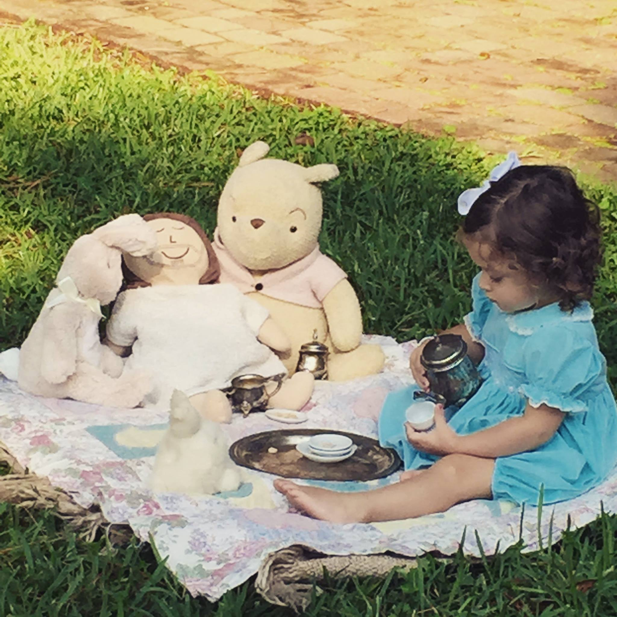 Tea Party Friends - JuJu invited her new Jesus doll to join her and her friends for an afternoon tea party.