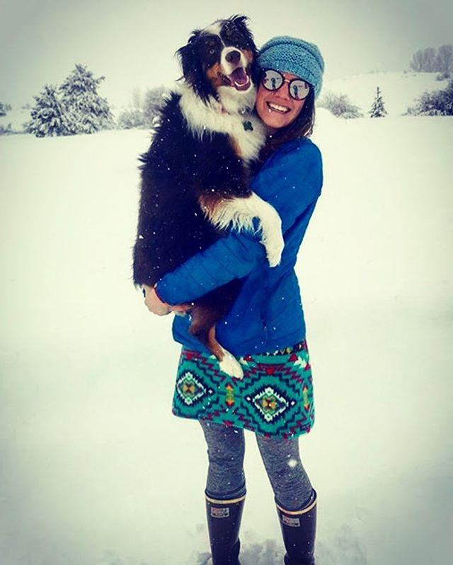 Pups, powder days, and FunHoggin' Fleece!! Life is SO good!! #funhoggin #fleececlothing #funhogginfleecewear #handmadeskirts #handmade #madewithlove #winterskirt  #skiingskirt #raftingskirt #riverskirt #winter #perfectwillhavetodo thanks for the photo @maddyreahanoI