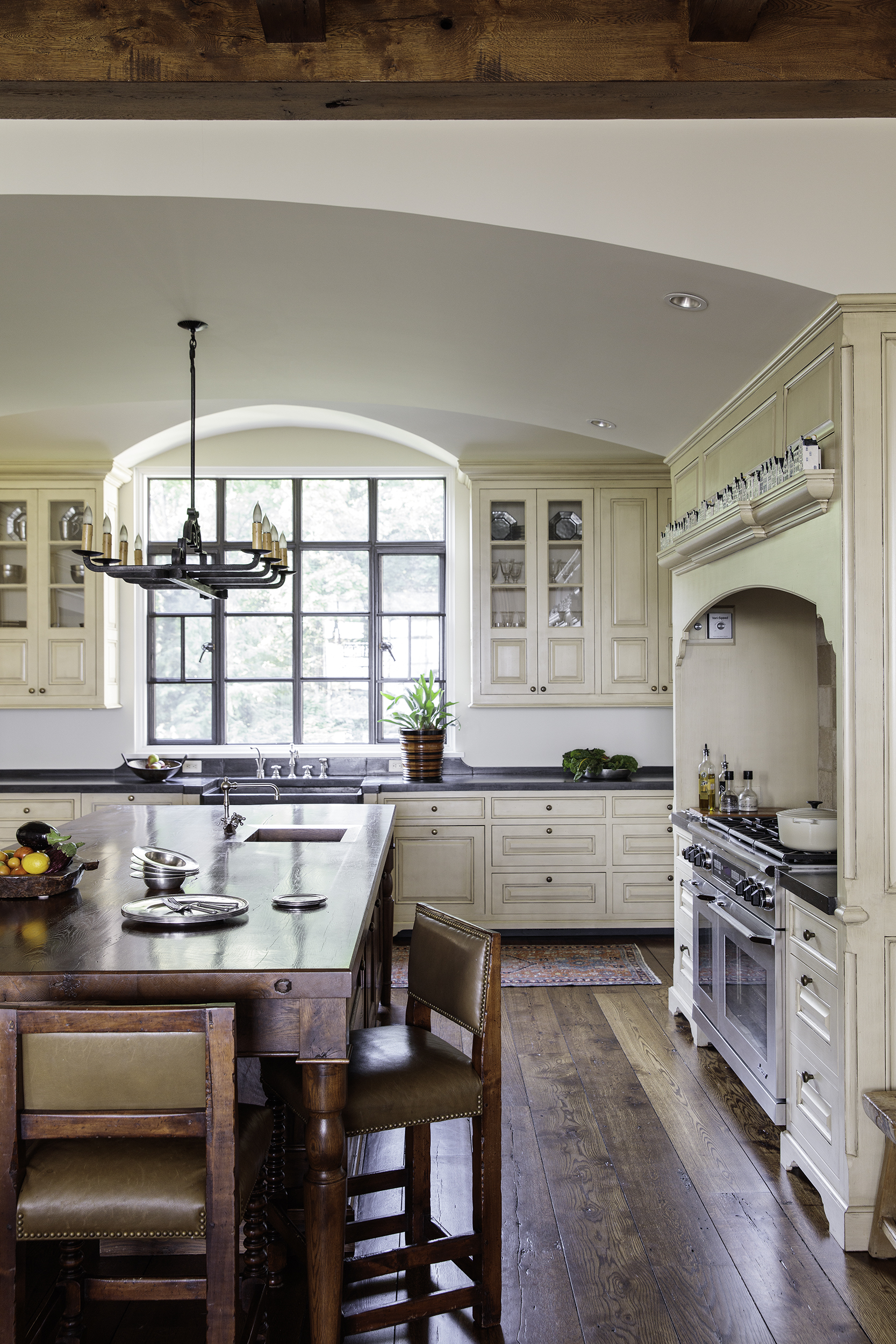 kitchen small.jpg