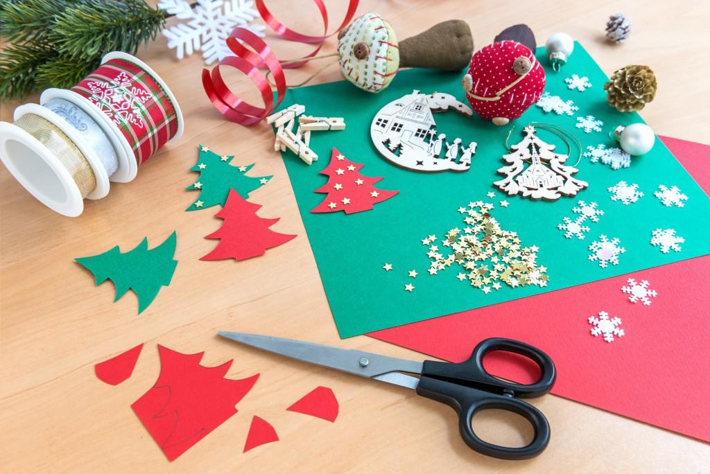 Christmas-Crafts-pic-1024x684.jpg