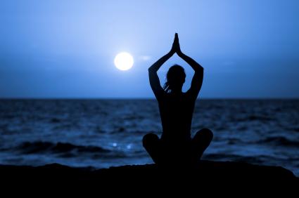 full-moon-yoga-.jpg