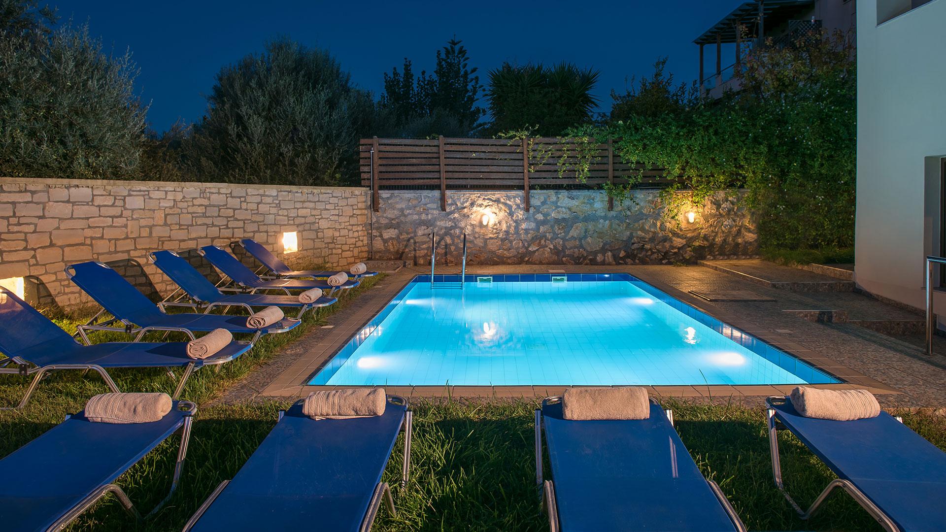 crete villa 3.jpg