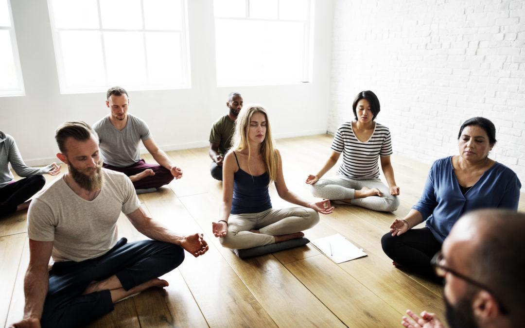 yoga-class-concept-PTLGKTV-1080x675.jpg