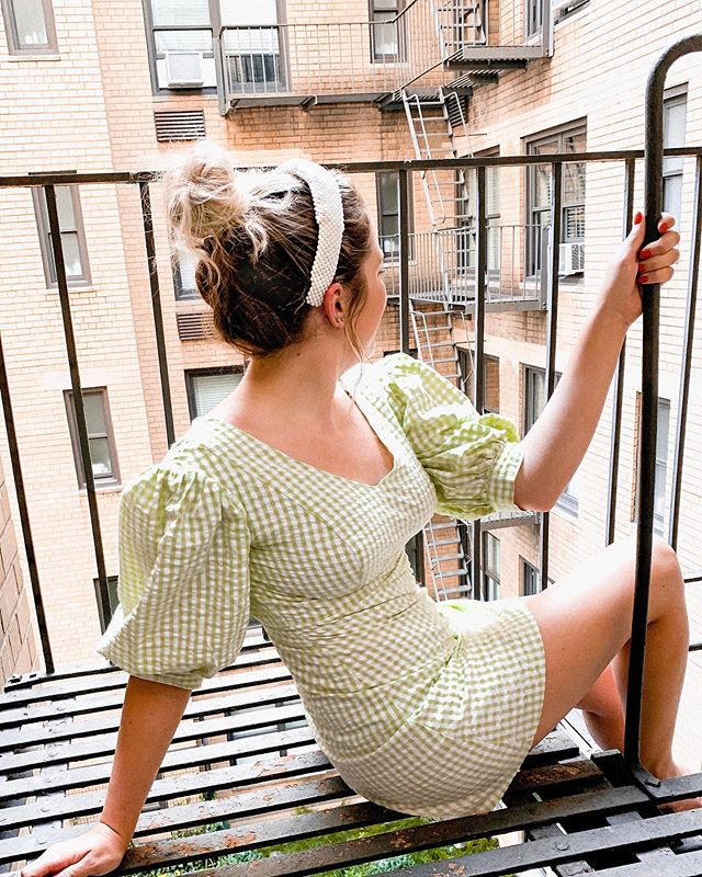 you know the fire escape scene in Breakfast at Tiffany's? yeah this was nothing like that