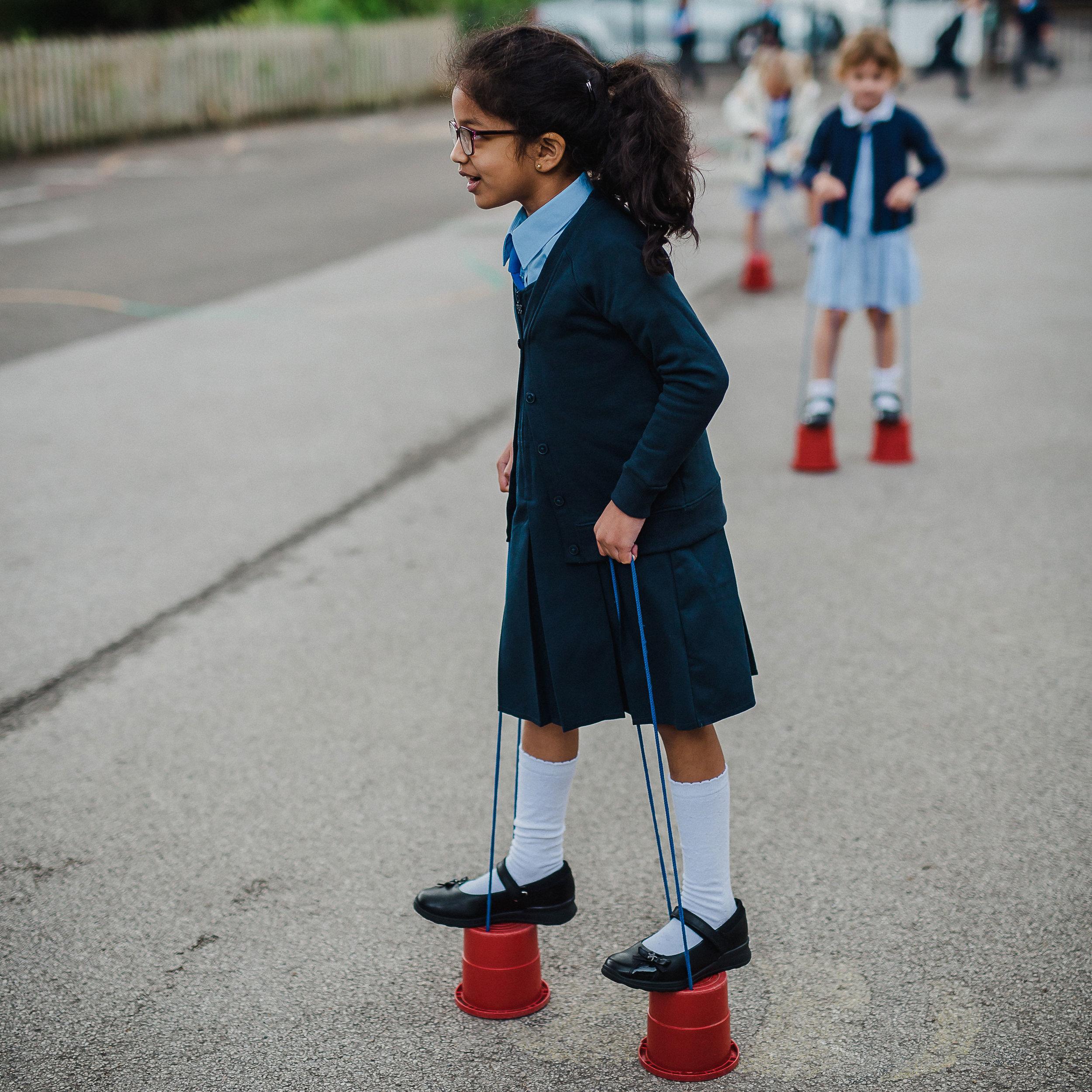 Hessle-Mount-Primary-girls-uniform.jpg