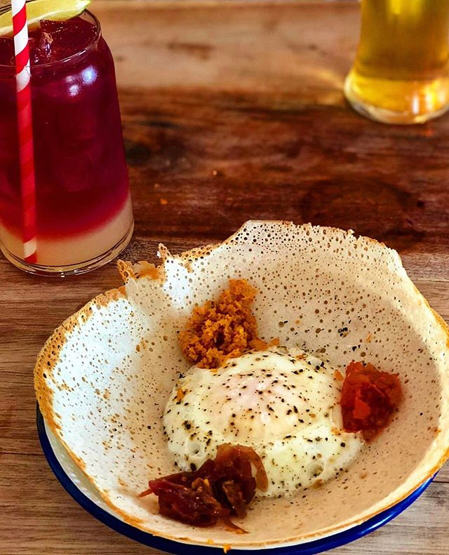 You always nail your pix @pershorepatty 👏🏻 🥊 Big TCT Love! 💚💚💚 . . . #humpday #egghopper #cocotail #tctcombo #destinationtct #festivaltown #tctcheltenham #tctmenu #foodanddrink #foodiescene #srilankanstreetfood #srilankantapas #worldfood #srilankanlove #thecoconuttree