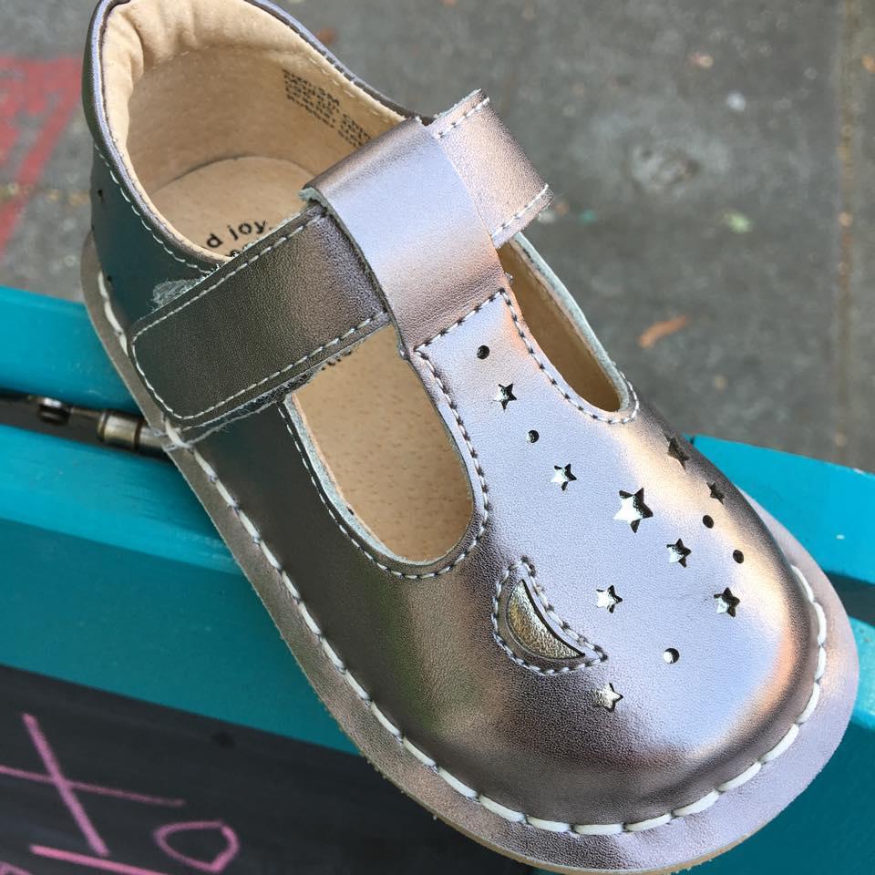 Goldenbug Children's shoes - 5509 College AvenueWe like cool shoes. We like unique shoes. We like cute shoes.