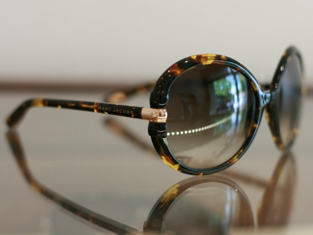 c2020 Optometry - 5833 College AvenueAdvanced eye care, personable service, and handcrafted eyewear.