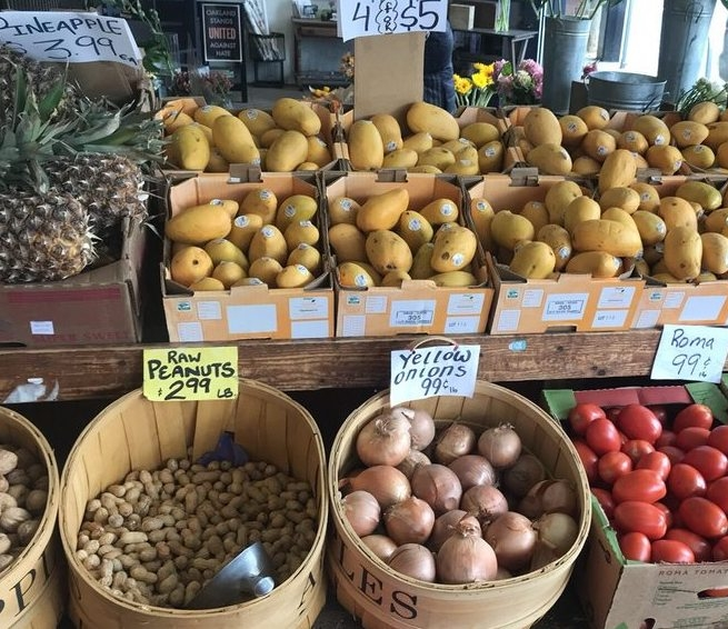 Yasai Produce Market - 6301 College AvenueNeighborhood market with fresh produce, meats, and one-stop grocery shopping.