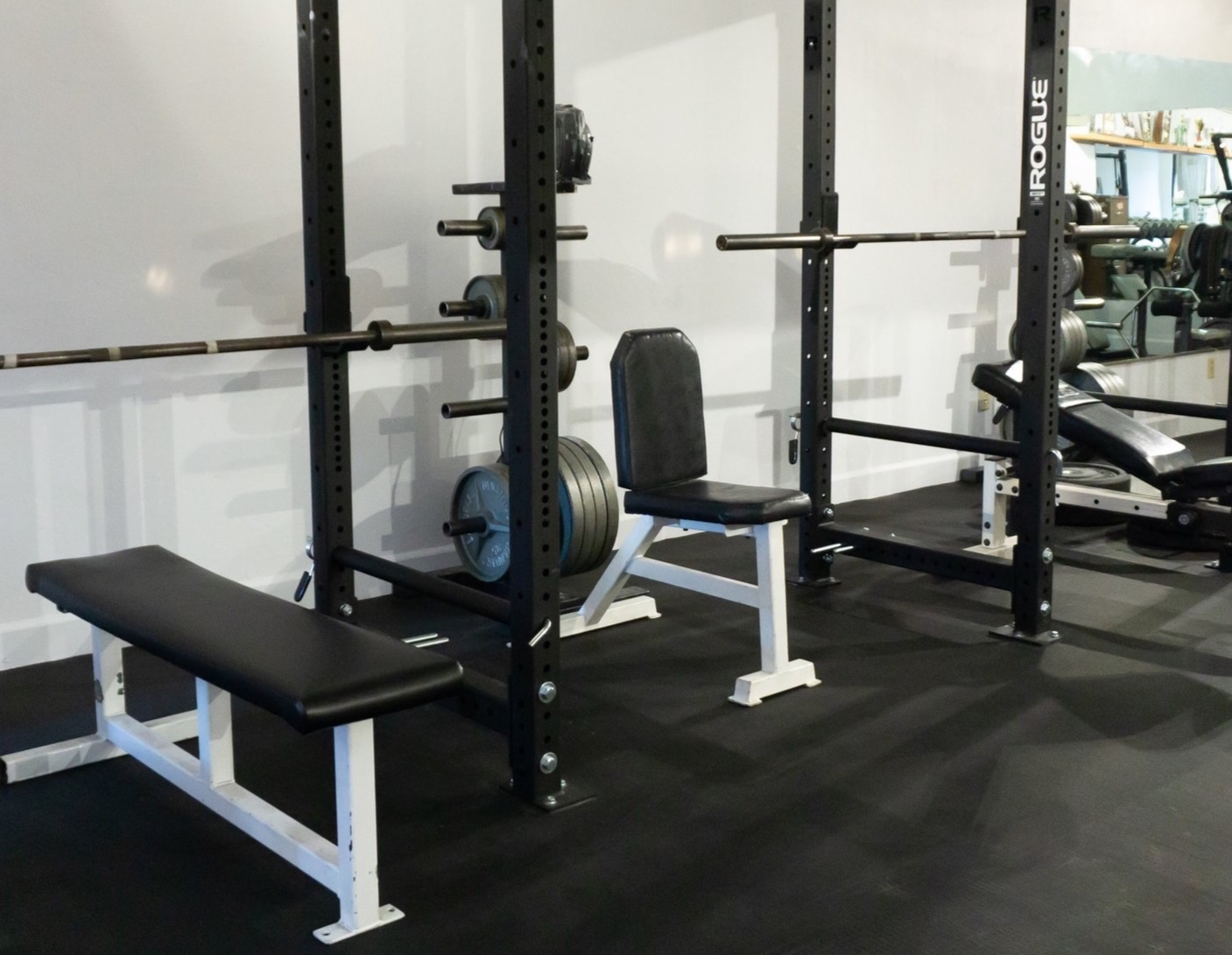 powerform personal training - 5258 College AvenueWe believe in being effective. Two, 30-minute sessions a week of the right lifts in the right form will make you stronger and healthier. Come in for a free introductory session and start fulfilling your goals today.